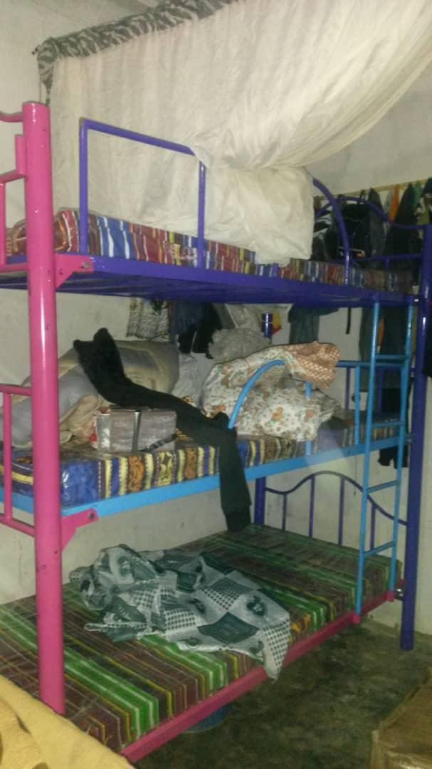 Betten und Matratzen für das Kinderhaus